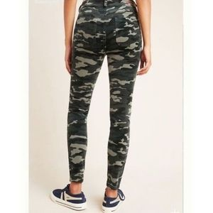 Anthro Pilcro High Rise Skinny Camouflage Jeans